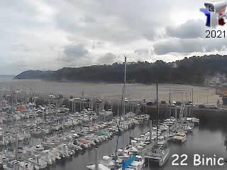 Binic le port et de la plage des Godelins - via france-webcams.com