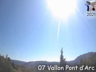 Webcam de Vallon Pont d'Arc Plaine des Mazes - Vallon Tourisme - via france-webcams.com